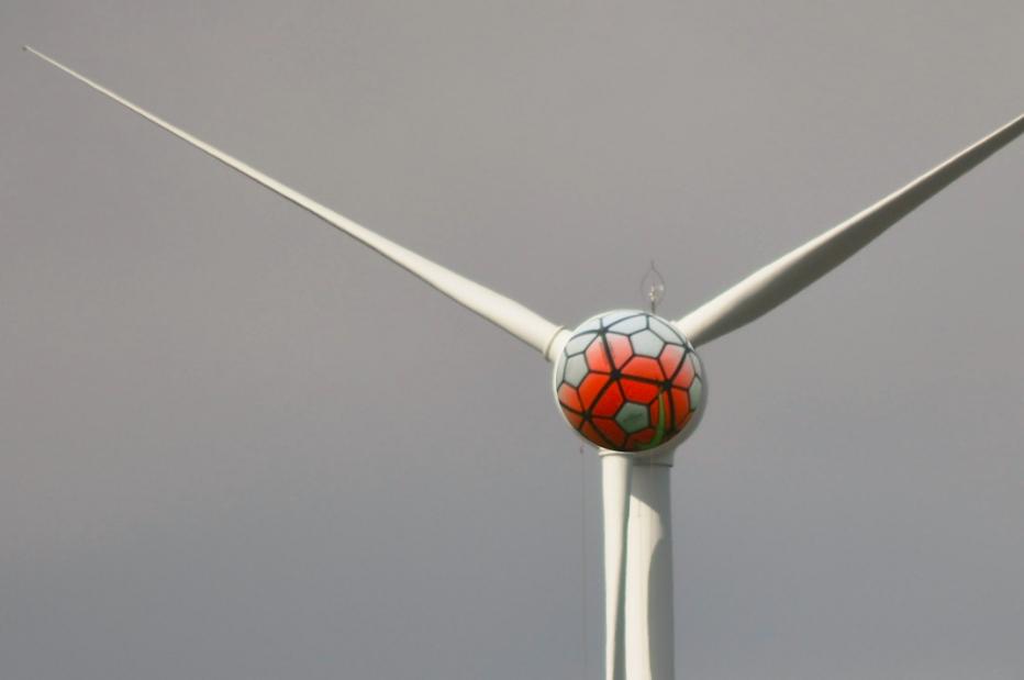 Fußball_unter_Strom_klein